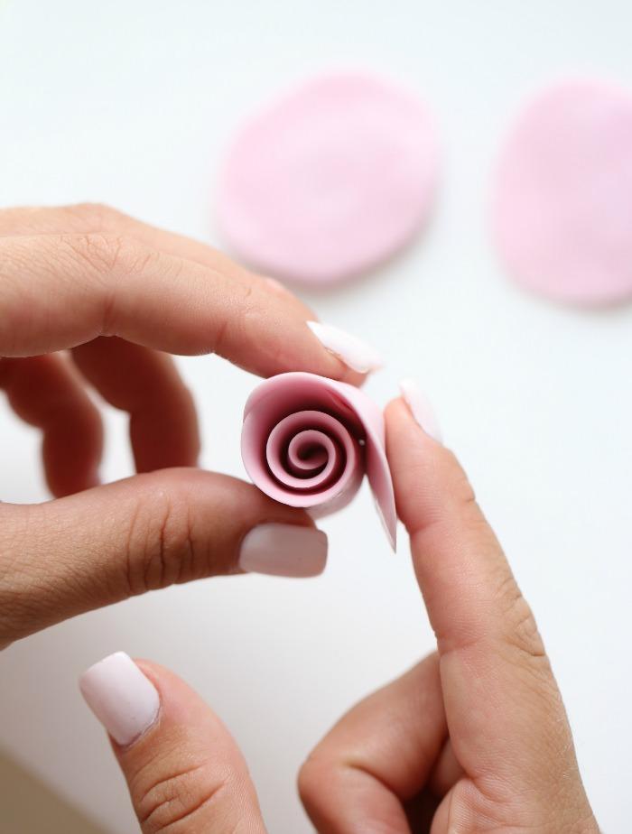 8 mini rose
