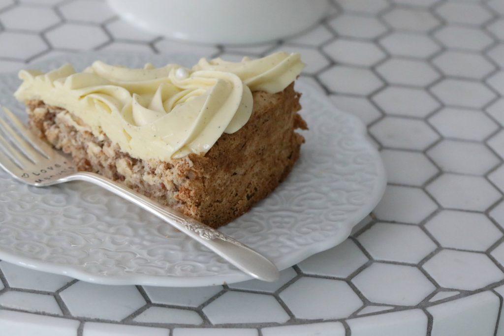 Norwegian White Lady Cake Recipe